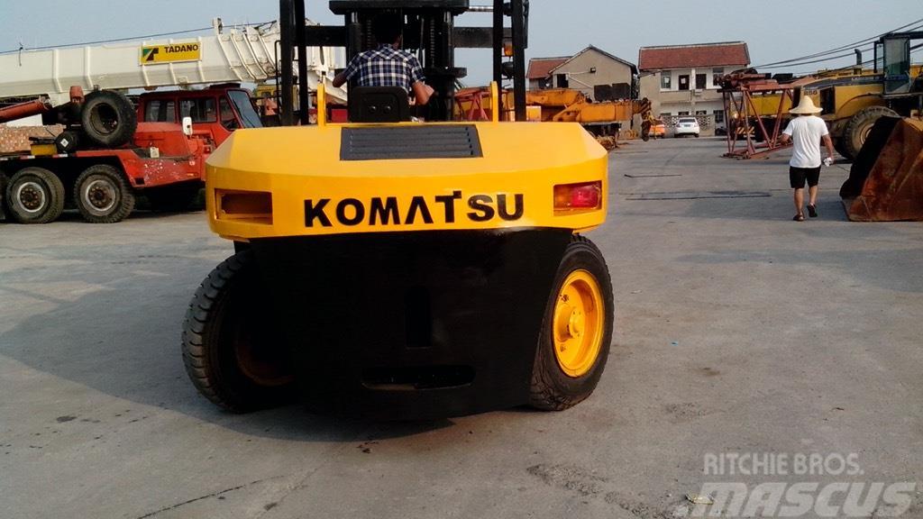 Komatsu FD100