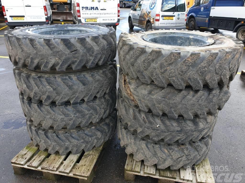 Kumho solid tire 10.00x20