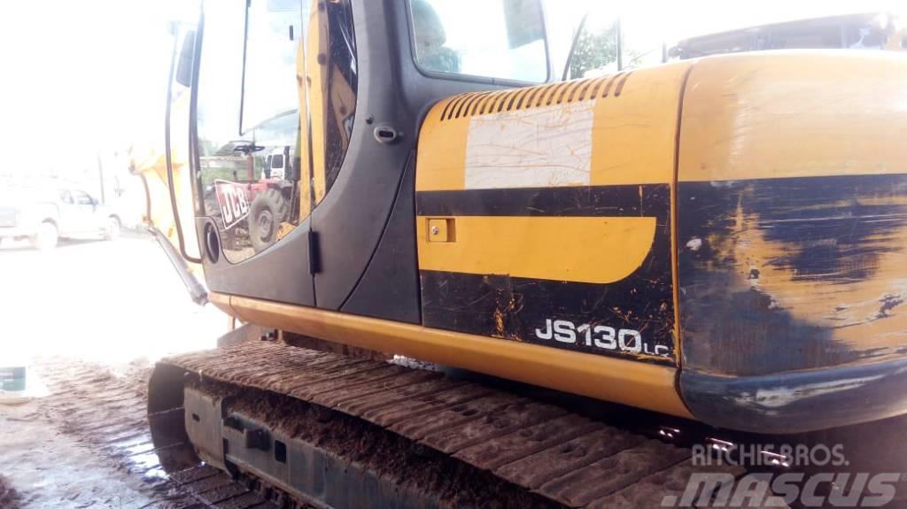 JCB JS 130