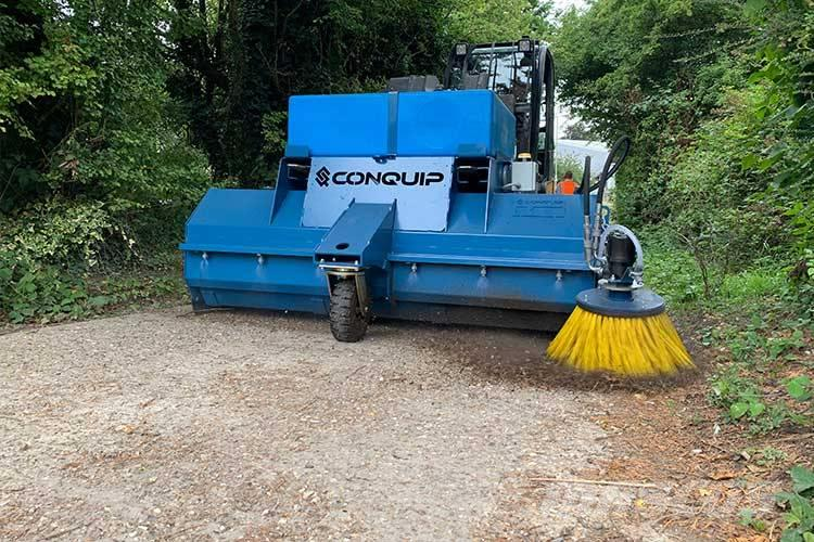 [Other] Conquip Forklift Hydraulic Sweeper with Spray Syst