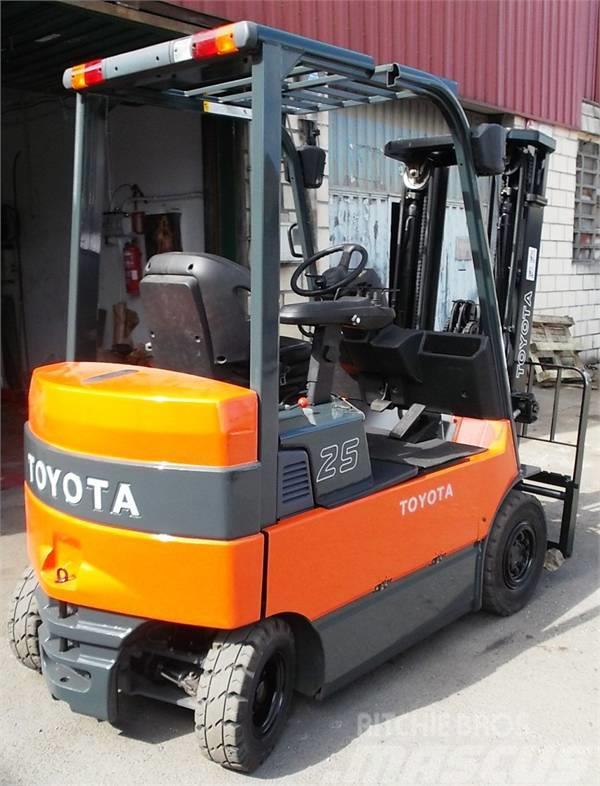 Toyota 7 FBMF 25