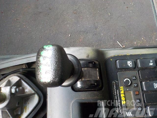 MAN TGA Hand brake valve 81523156156 2224538 78568