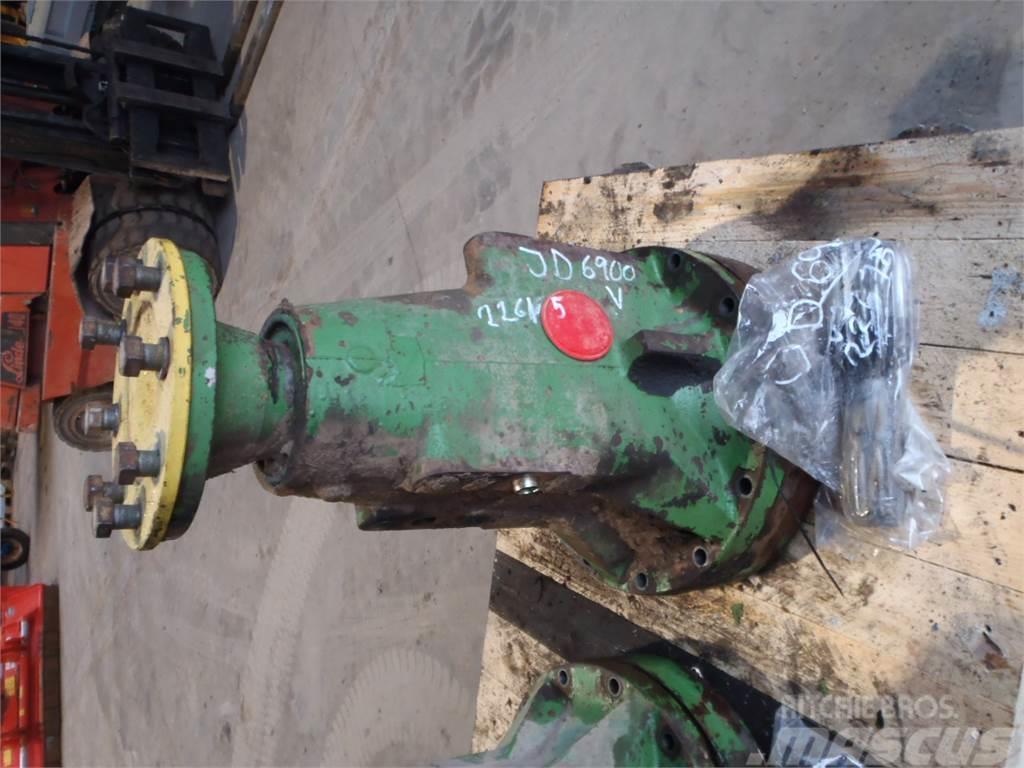 [Other] Rear axle John Deere 6900