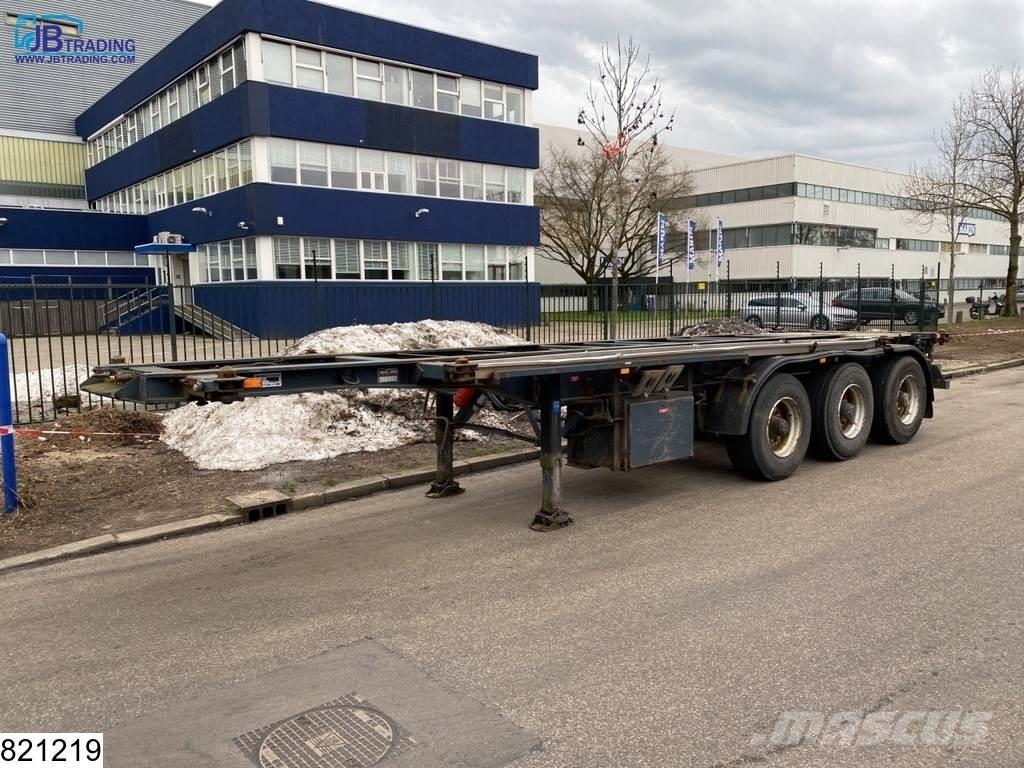 Fruehauf Chassis 20, 30 FT Container chassis