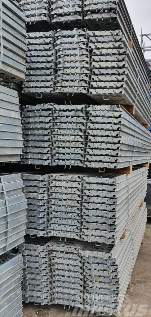Peri Industrial Deck UDI 37,5 x 300, galv.