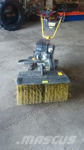 used texas futura 2002 sweepers price 1 019 for sale mascus usa. Black Bedroom Furniture Sets. Home Design Ideas