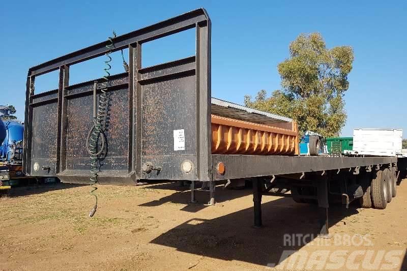 [Other] Other 2012 Zisembeki Tri-Axle Flatdeck