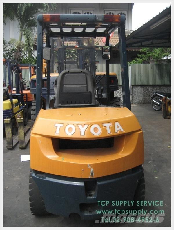 Used Toyota 7fd30 Diesel Forklifts Year 2001 For Sale Mascus Usa
