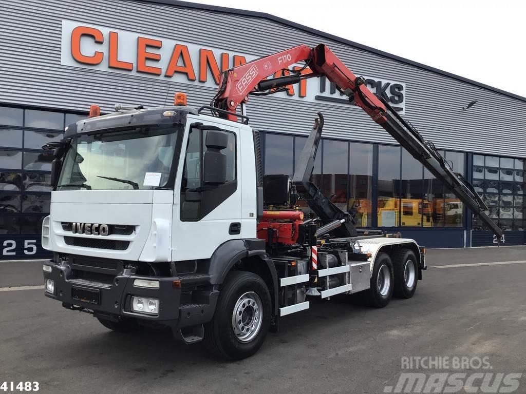 Iveco Trakker AD380T41 6x4 Fassi 17 ton/meter laadkraan
