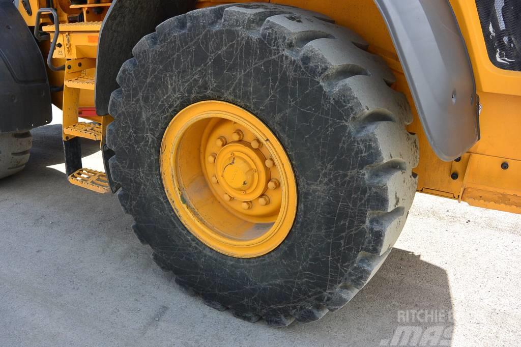 [Other] Däck punkteringsfria 20,5R25 39+m