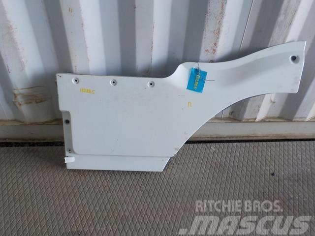 Mercedes-Benz Actros MPII Door extension right 9417200448 941728