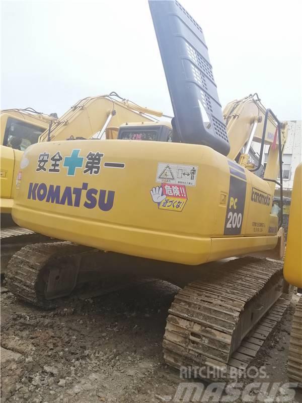 Komatsu PC200-7