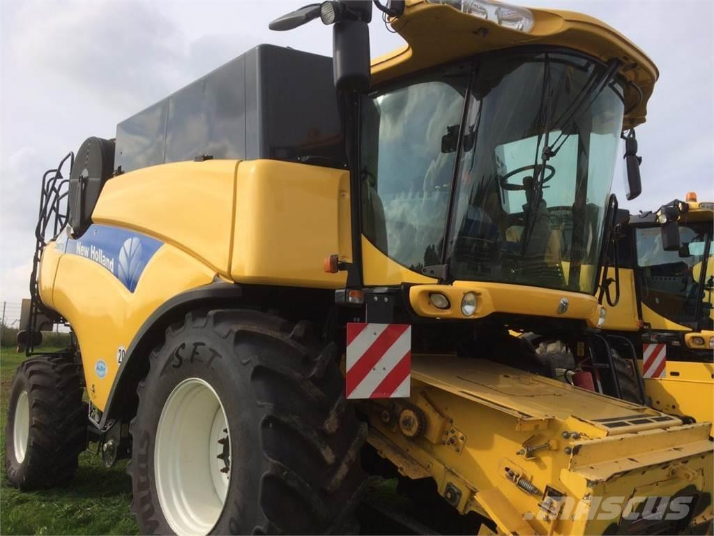 New Holland cr9070elevation