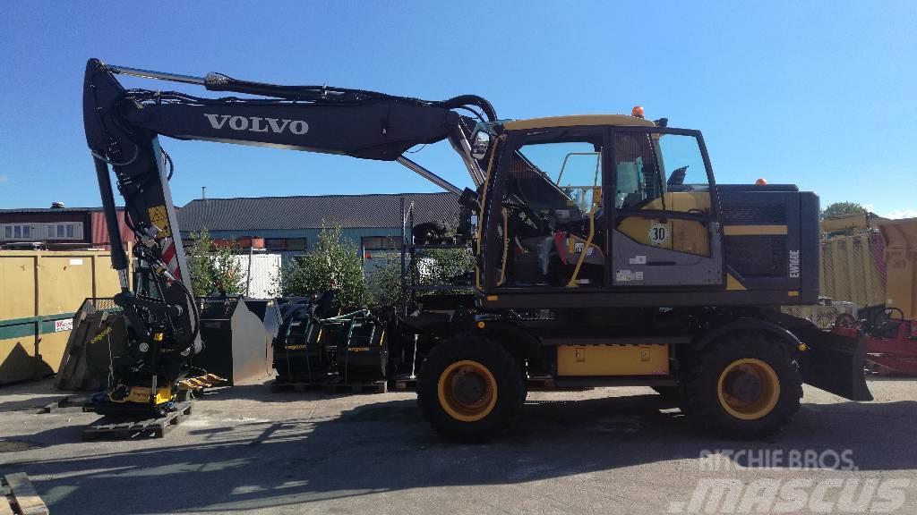 Volvo EW 160 E, Uthyres