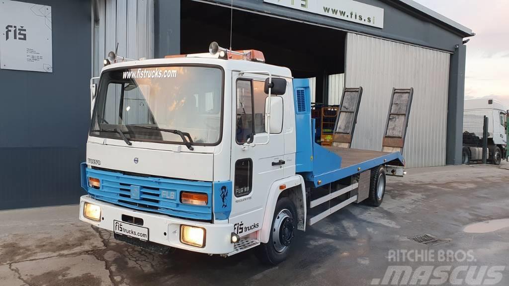 Volvo FL6 4X2 transporter + ramps