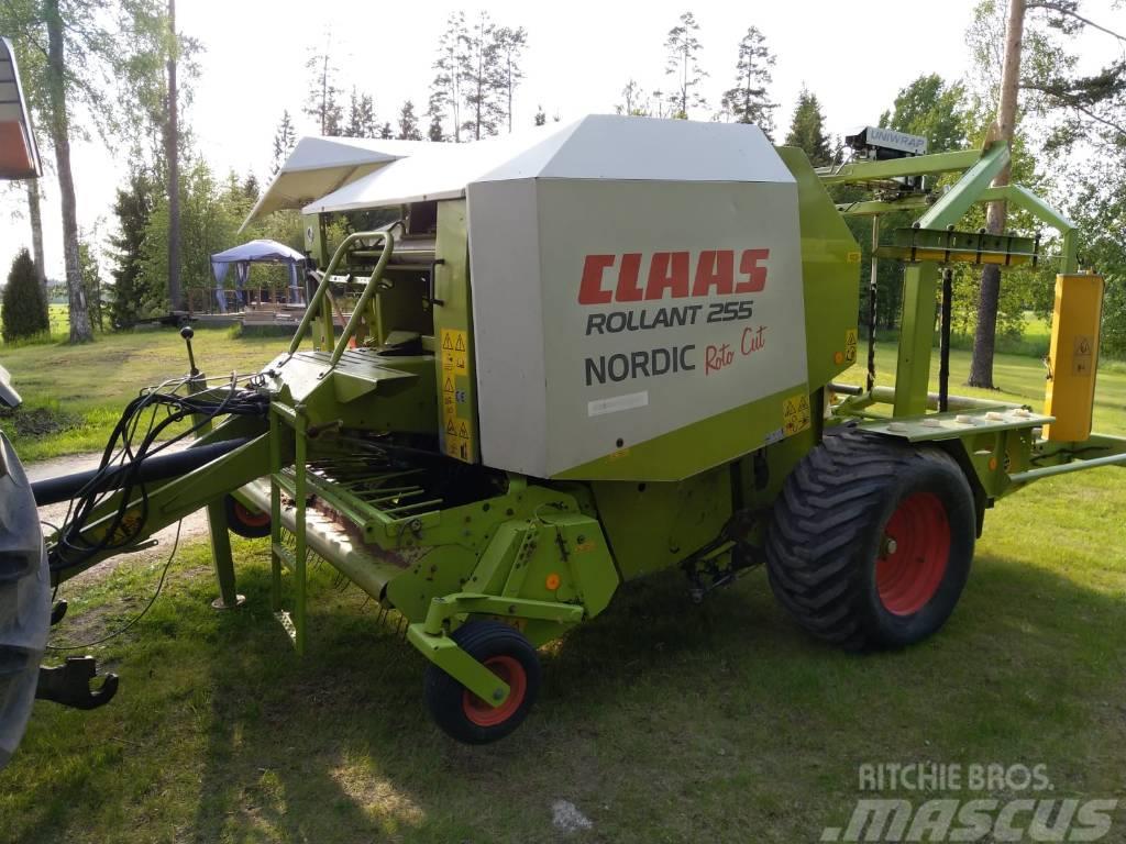 CLAAS Rollant 255 RC Nordic Uniwrap