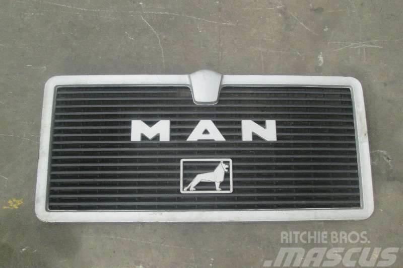 MAN F80 Grill