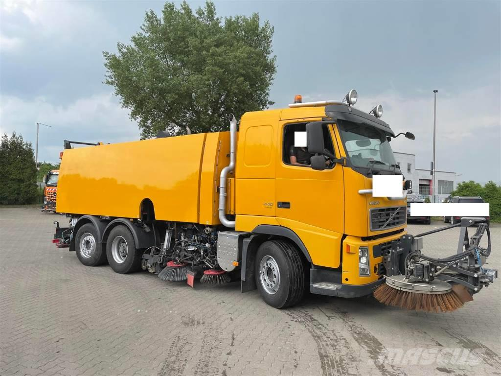 Volvo / BEAM S12000 high pressure water system FH440