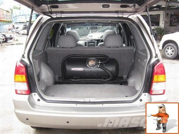 Mazda TRIBUTE 3.0 V6 AT, 2005, Personbilar