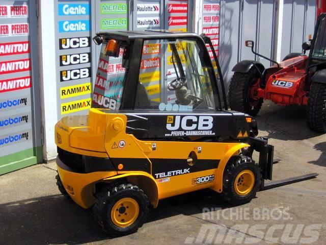JCB JCB TELETRUK TLT 30 D 4x4 - 4.4m / 3.0t SEITENSCH.
