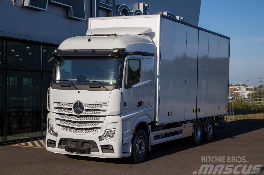 Mercedes-Benz Actros 2753 med 18 pallars ÖBS skåp