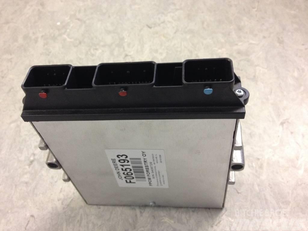 [Other] Elektronik Styrenhet till John Deere 810E, 11110E,