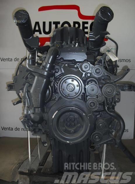 Renault MIDR 062356 B 43, Motorer