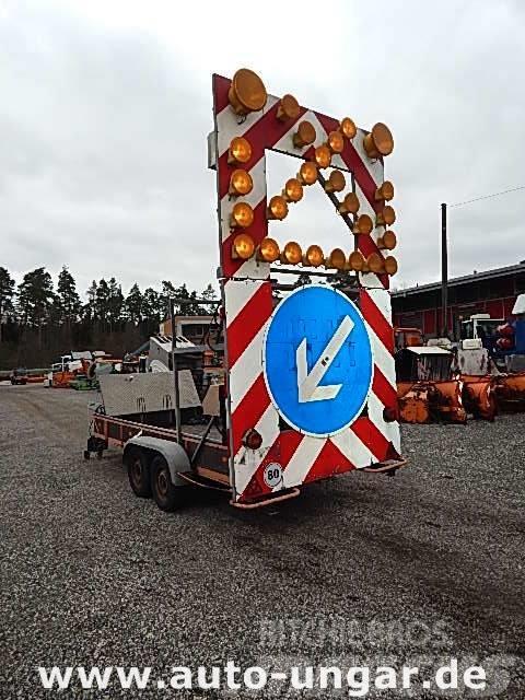 Nissen A4 L84-200 Warnleitanhänger Funk Rampe