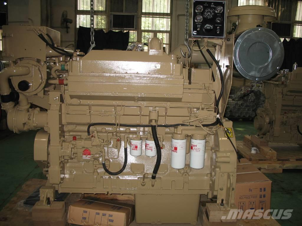 Cummins KTA19-M engine for boat