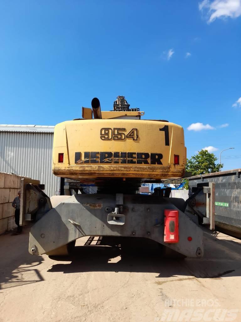 Liebherr A954C