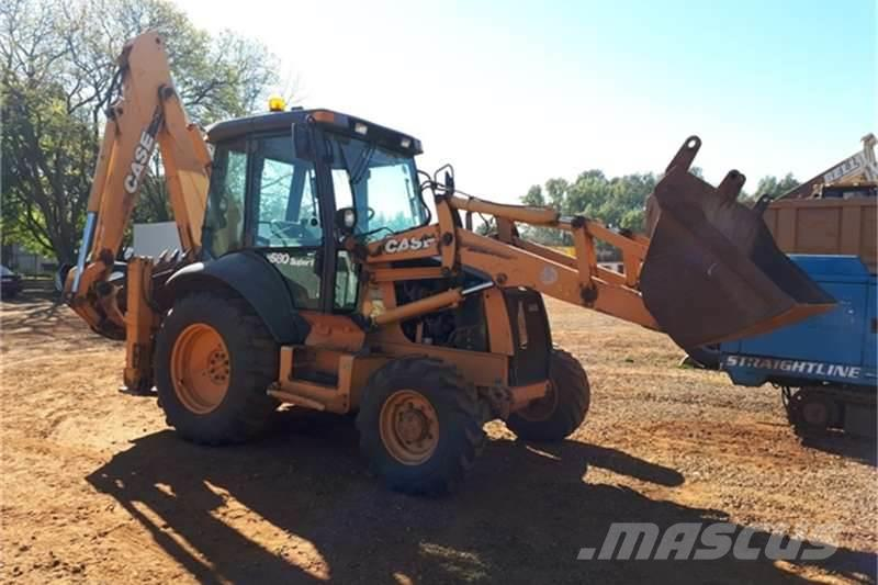 CASE 580M Series III