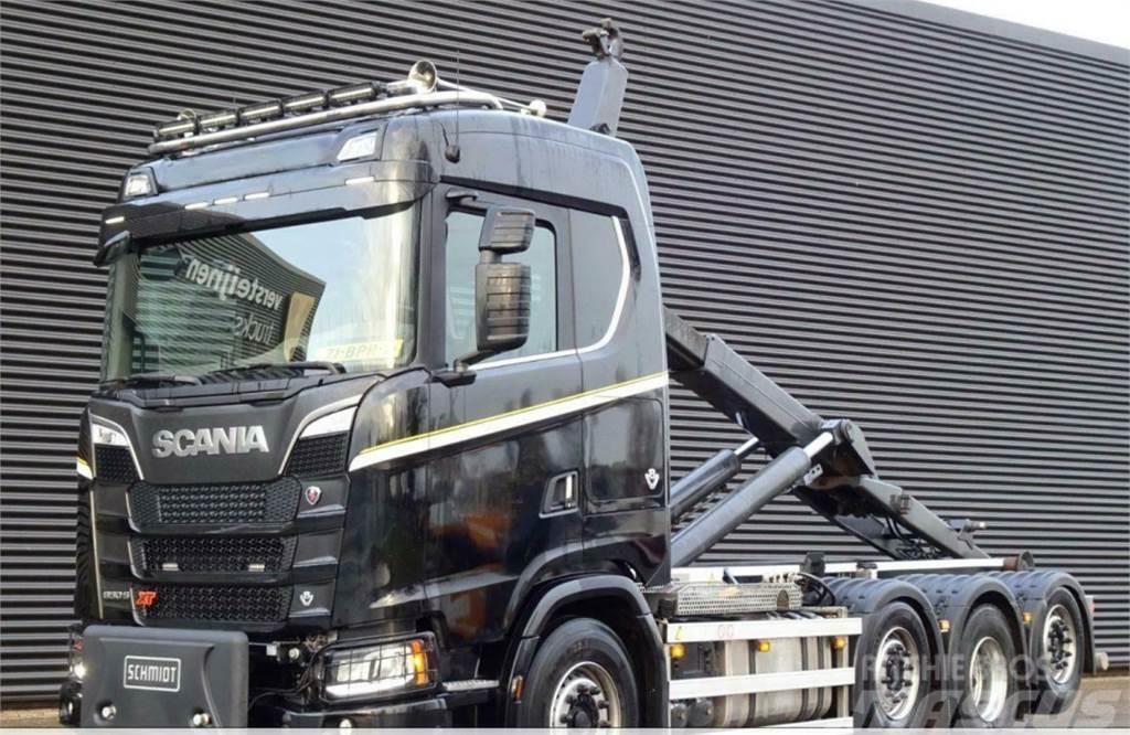 Scania S 650  XT 8x2/6 koukkuauto
