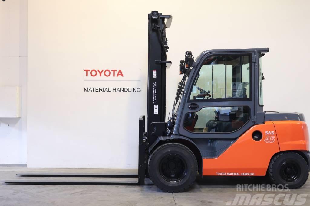 Toyota 40-8FD45N