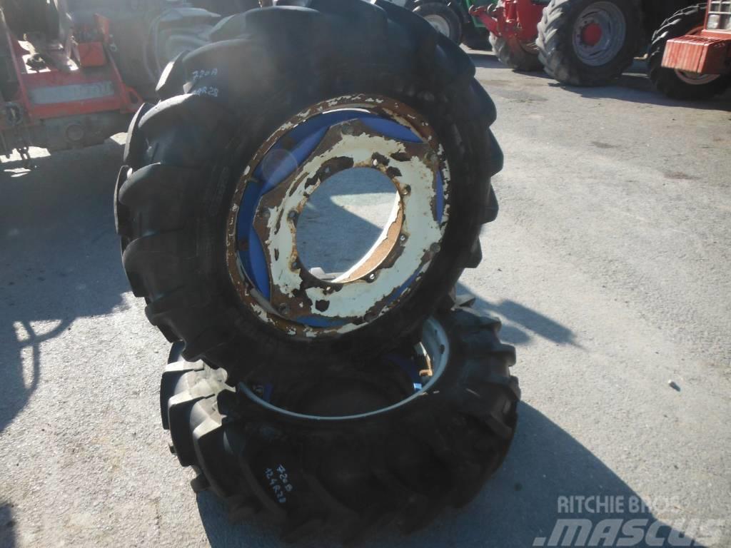 Michelin 12.4R28