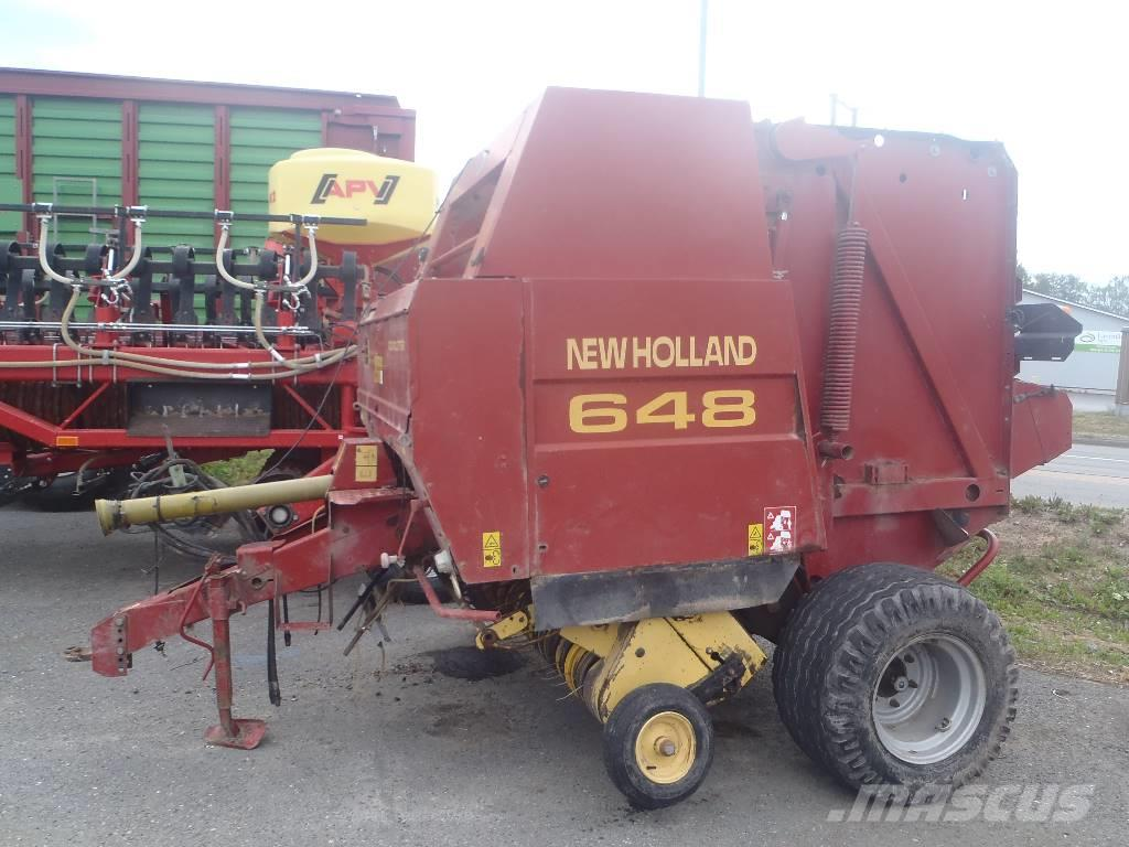 New Holland 648