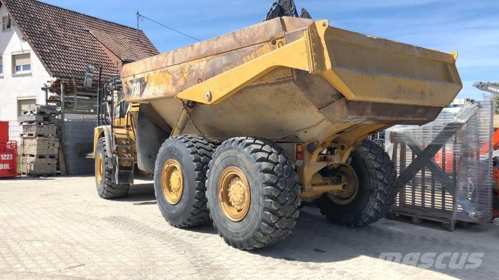 Caterpillar 730 available in Germany