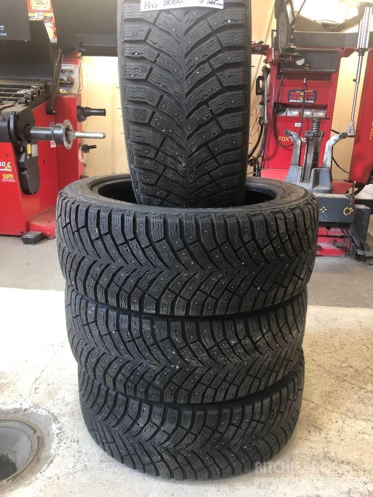 [Other] Vinter däck Michelin 225/45R18 X-ICE North 4