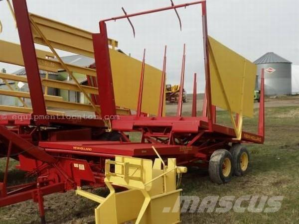 New Holland 1032 Pull Type Bale Wagon