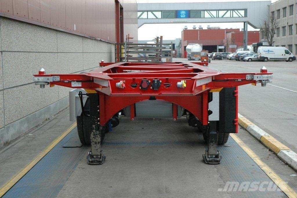 """Van Hool 20"""" Tankchassis 3100 kg"""