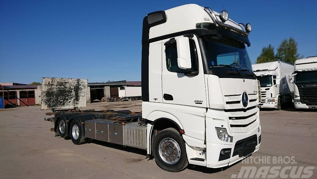 Mercedes-Benz 2551L 6X2, RETARDER+taillift
