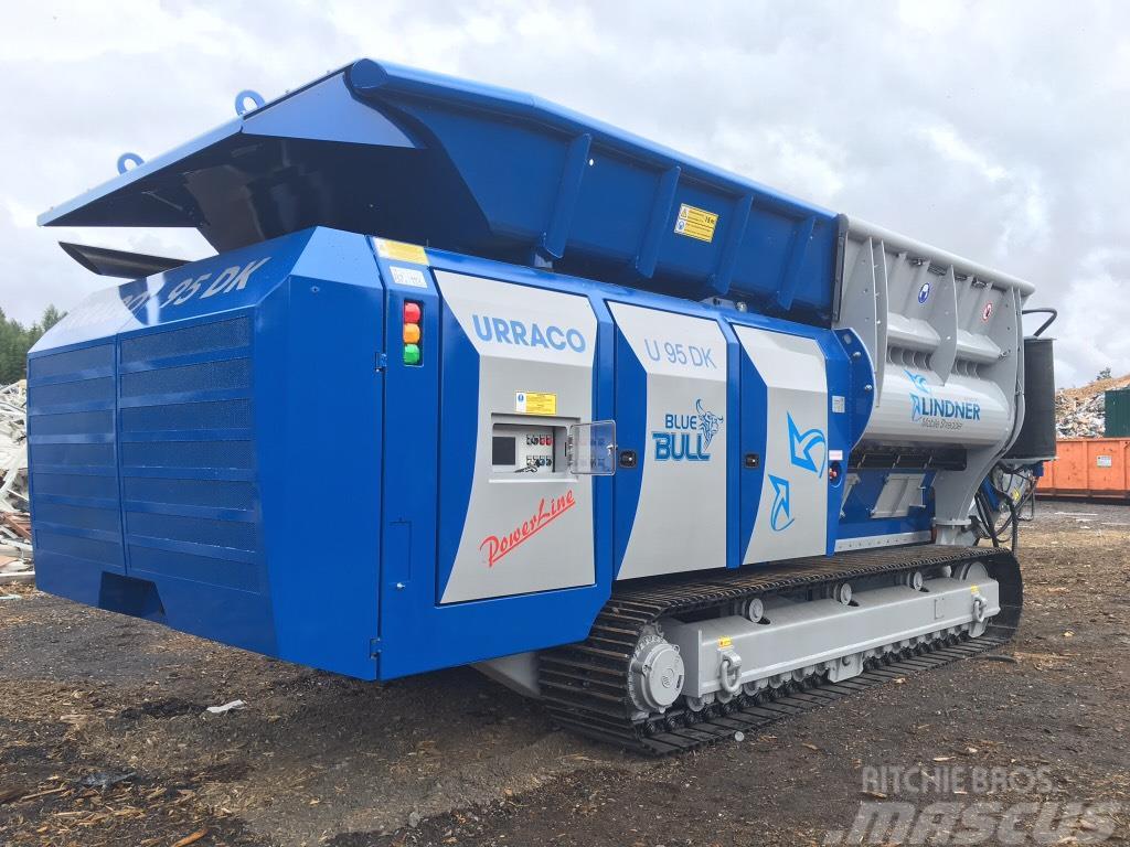 Lindner Urraco 95DK -18 The Blue Bull