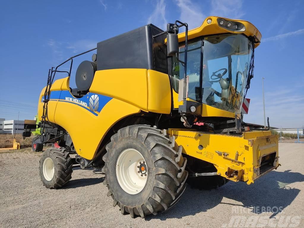 New Holland CX 5080