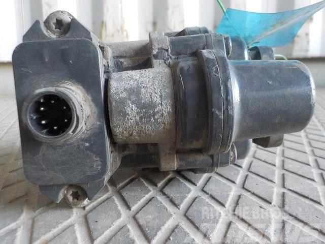 DAF XF105 Four-circuit protective valve 1612054 232250