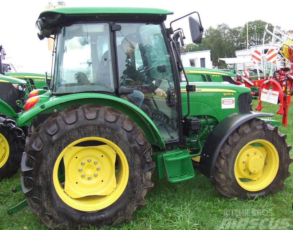 john deere 5075e preis baujahr 2014 gebrauchte traktoren gebraucht kaufen und. Black Bedroom Furniture Sets. Home Design Ideas