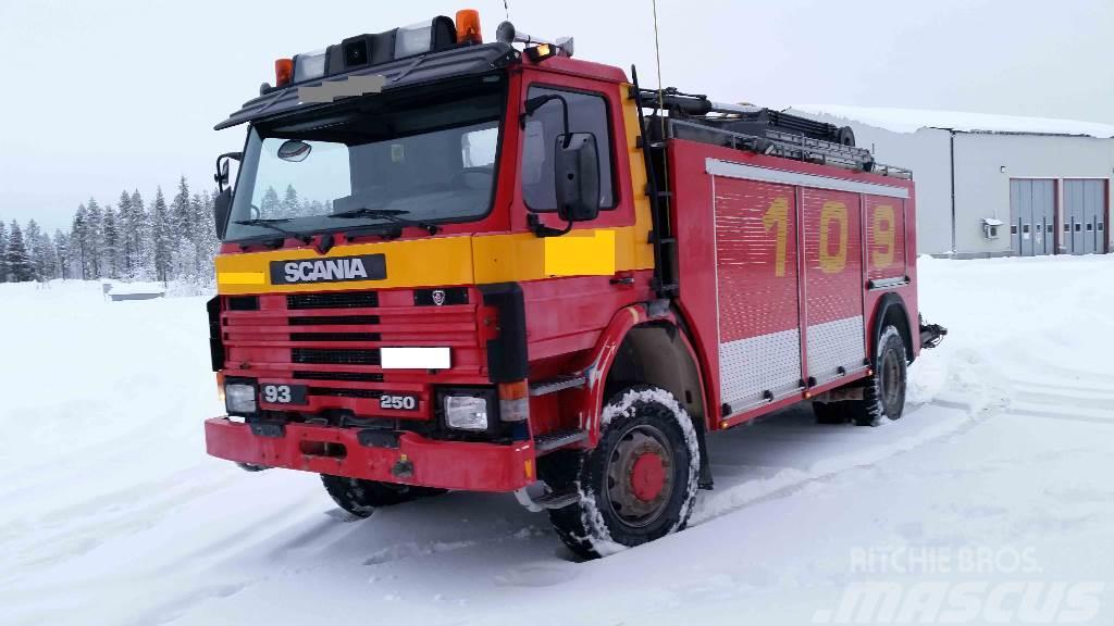 Scania P93 4x4 46 Brandbil