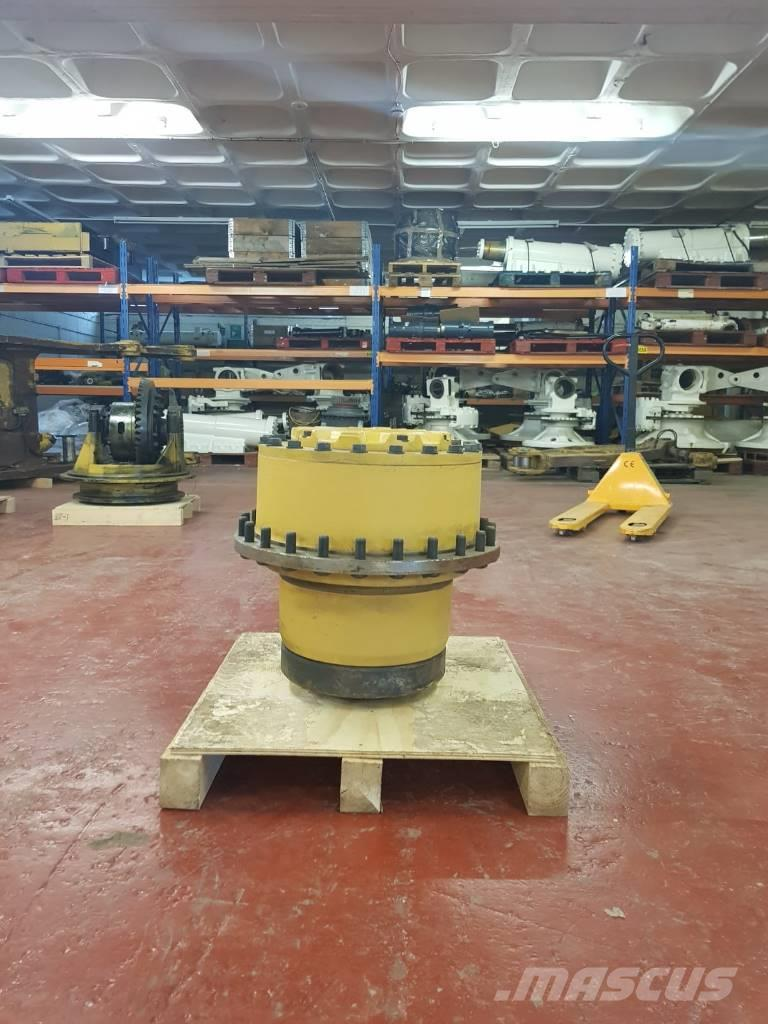 Caterpillar 740 Wheel hub