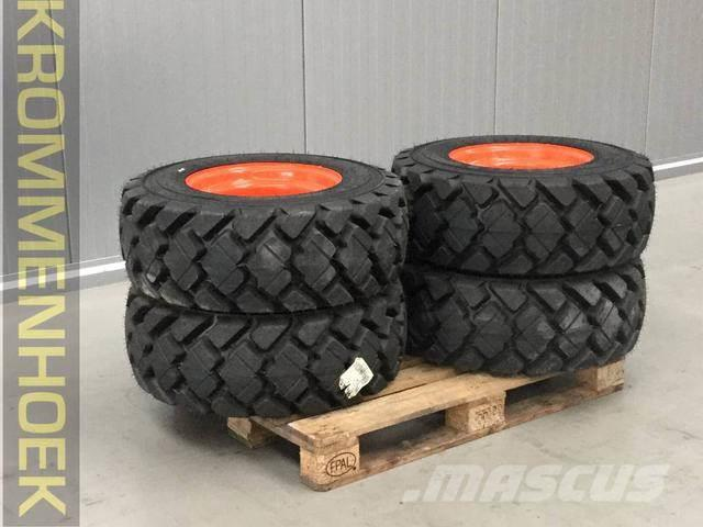 Bobcat Solid tyres 12-16.5 | New