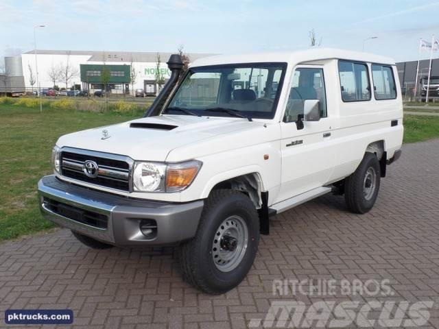 Toyota Land Cruiser VDJ78L V8 (5 Units)