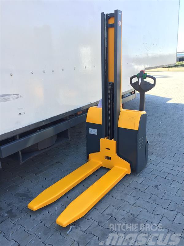 used jungheinrich emc 110 narrow aisle truck year 2010. Black Bedroom Furniture Sets. Home Design Ideas