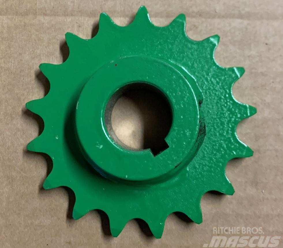 Deutz-Fahr Chain wheel Z17 06524139, 06255486, 1210627001700